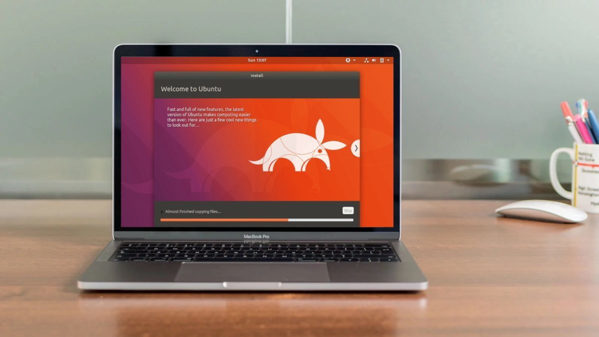 How You Can Use Linux On Your Macbook